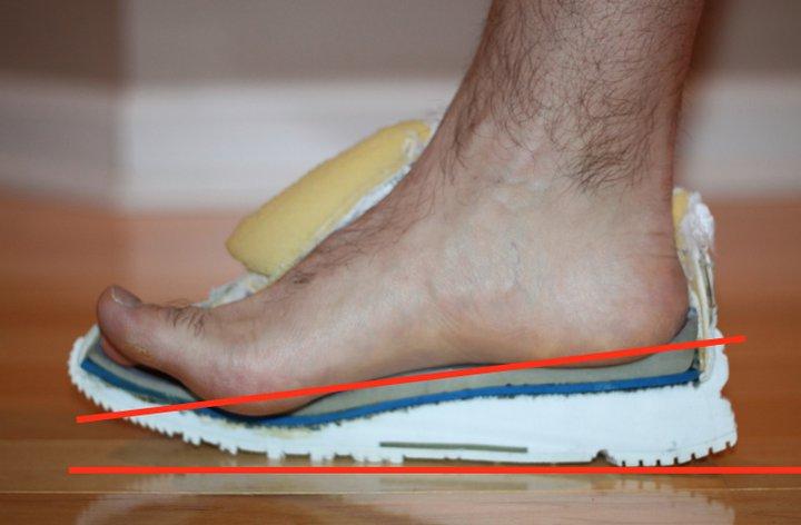 dr nicks cutaway running shoe