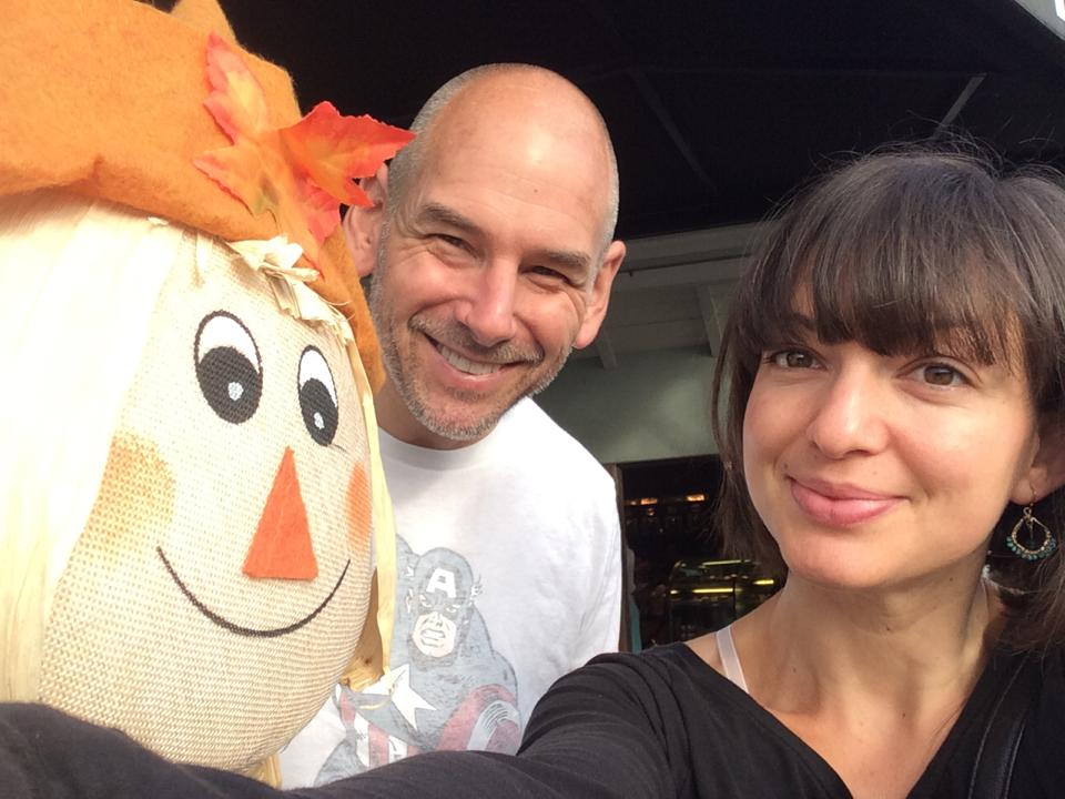 Galina and Roland at JC Beans scarecrow coffee house 2014-10-25